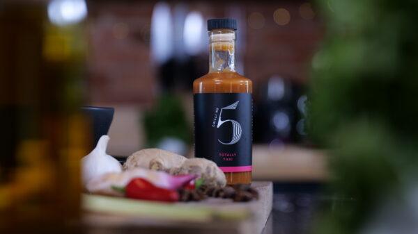 Chilli No. 5 - Healthy Hot Vegan Chilli Sauce - Totally Thai