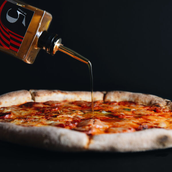 Chill No. 5 - Healthy Vegan Hot Sauce - Pizza Pizzaz - Pizza Oil