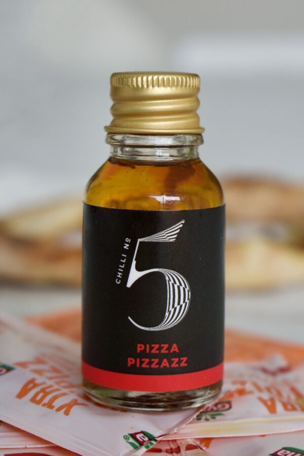 Travel-size-mini-best-spicy-pizza-oil