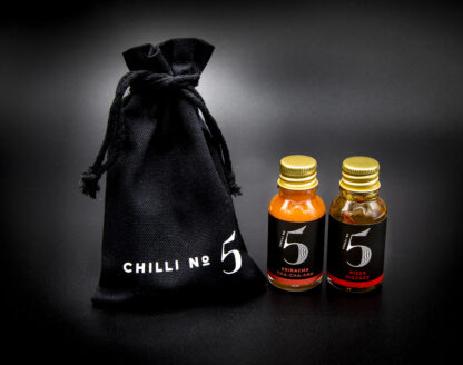 Travel-size-mini-spicy-pizza-oil-sriracha-hot-sauce-