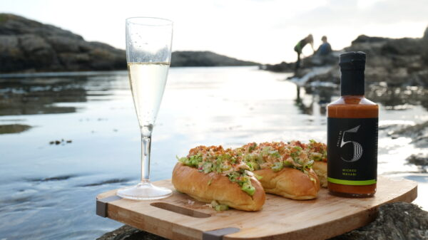 simple-protein-packed-beach-bbq-lobster-rolls